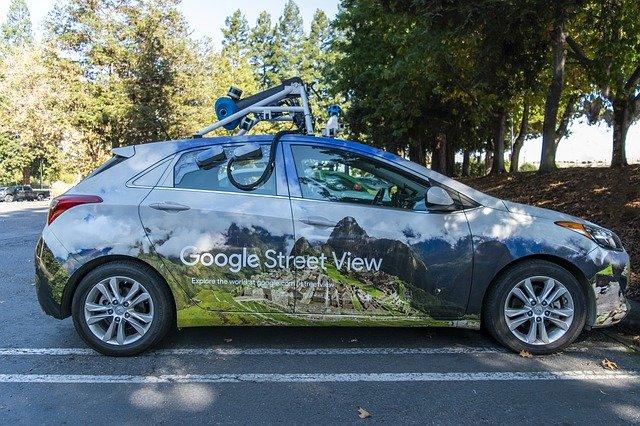 Google maps auto.jpg